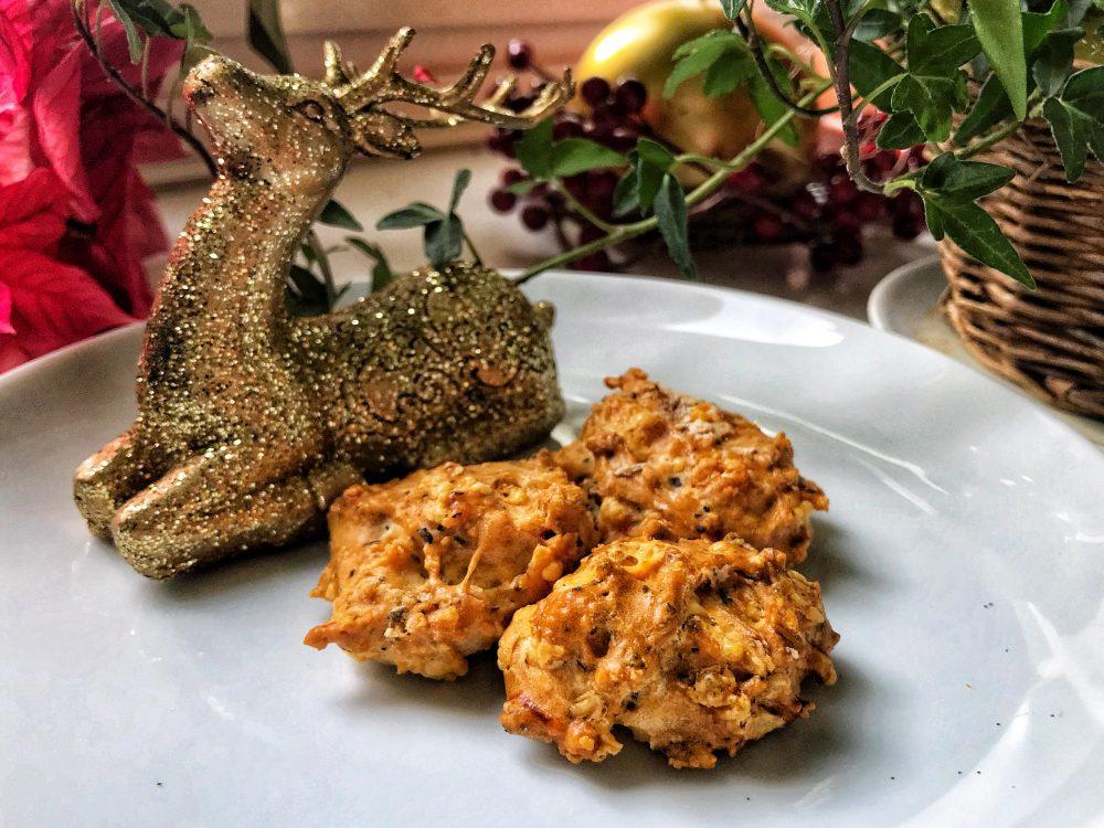 Weihnachtliches Käsegebäck für Hunde Rezept